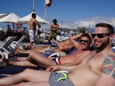 gay gloryhole murray bridge escorts