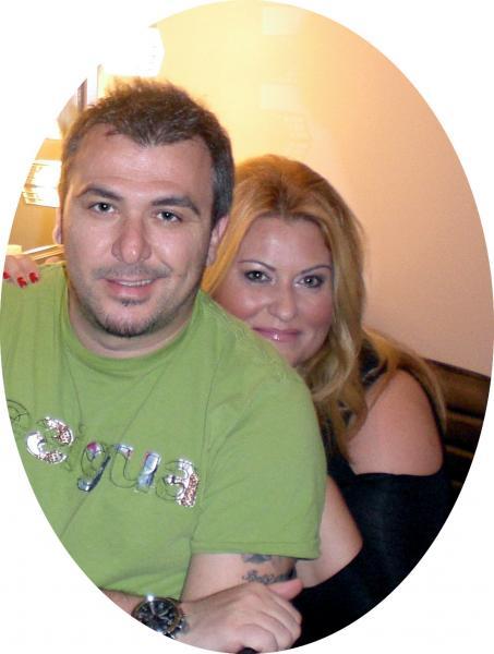 Η Γωγώ Αυγερινοπούλου με τον αγαπημένο της Αντώνη Ρέμο