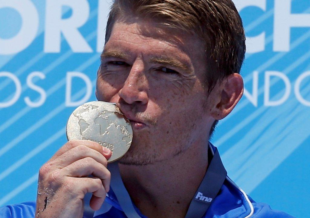 Αναγνωρίζετε τον αθλητή της φωτογραφίας;