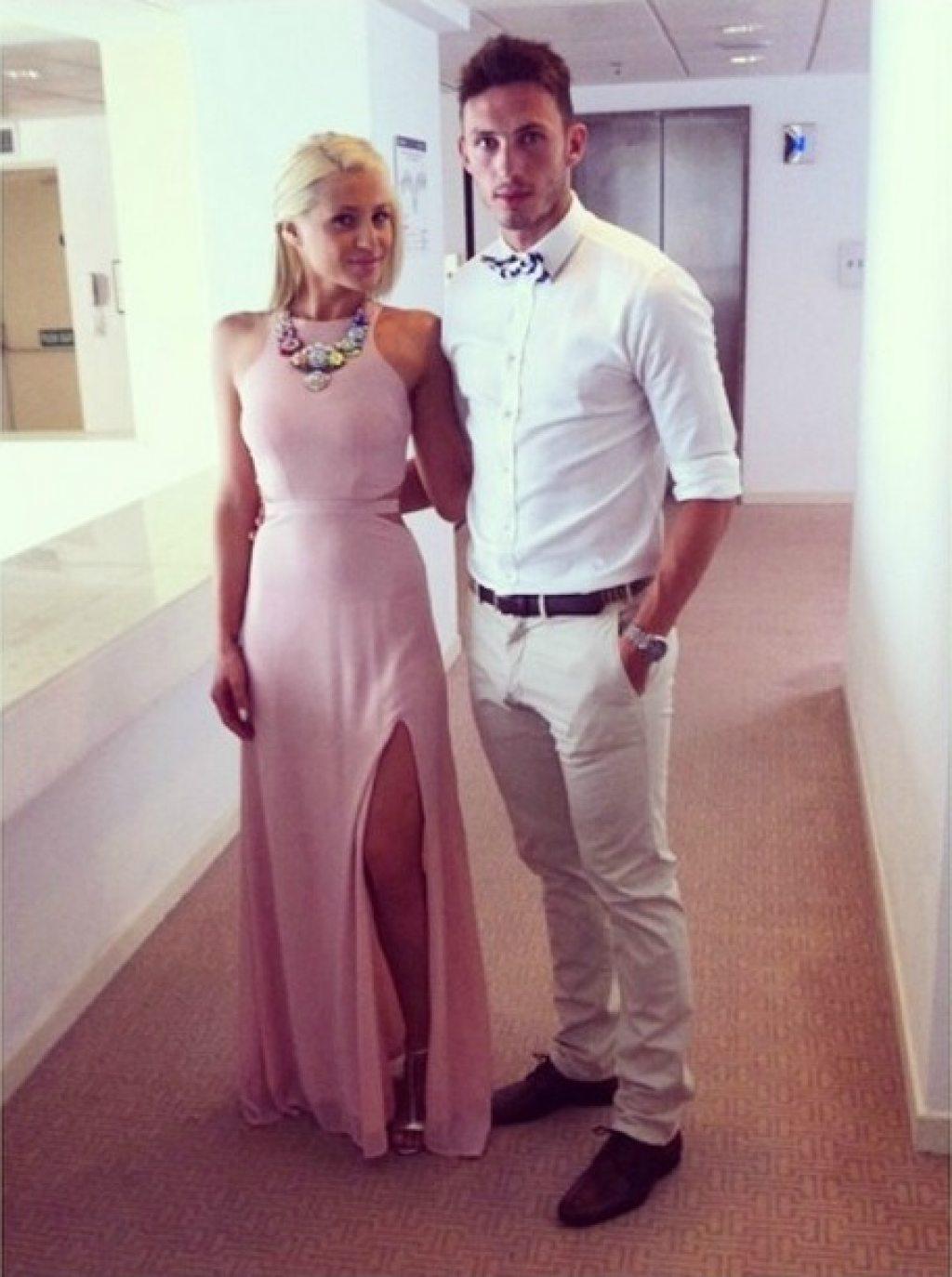 Παντρεύεται από στιγμή σε στιγμή γνωστός ποδοσφαιριστής