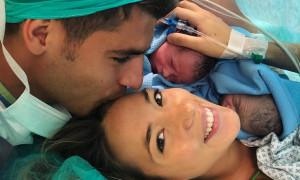 Ο Aλβάρο Μοράτα έγινε μπαμπάς! Οι τρυφερές φωτογραφίες με τα δίδυμα μωρά του