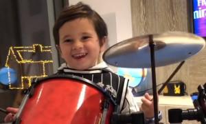 Έξαλλος ο Μέσι με το δώρο του Λουίς Σουάρες στον γιο του (vid)