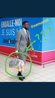 Που πας βρε Ουμτιτί με αυτή την τσάντα; - Το... κράξιμο από τον Πικέ (pics)
