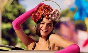 Δείτε την πρώην του Νεϊμάρ να χορεύει σάμπα στο καρναβάλι του Ρίο (vid&pic)