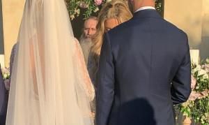 Παντρεύτηκαν χθες και δεν το πήρε είδηση κανείς! (vid&pics)