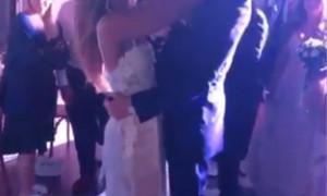 Γνωστός αθλητής παντρεύτηκε την αγαπημένη του στις Κυκλάδες  (pics)