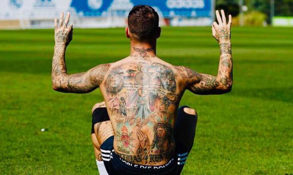 Τι συνέβη στον Ράμος και... εξαφάνισε τα τατουάζ του; (pics)