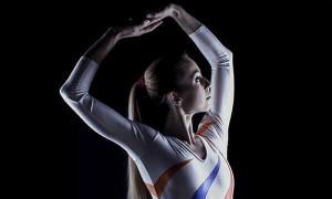 Πρωταθλήτρια της γυμναστικής έγινε πορνοστάρ: «Μου έκαναν πρόταση που δεν μπορούσα να αρνηθώ» (pics)