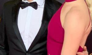 «Ο γάμος μου τελείωσε…» - Δείτε ποιο διάσημο ζευγάρι χώρισε (pics)