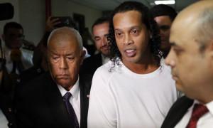 Ροναλντίνιο: Δε φαντάζεστε τι έκανε αμέσως μετά την αποφυλάκιση του (pics)