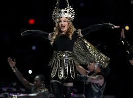 TΩΡΑ!!! Απίστευτο show από τη Madonna Viking στο Super Bowl (video)